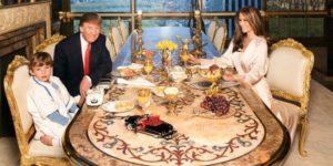 Доналд Тръмп на маса