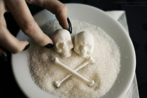 захар и вреди бялата смърт